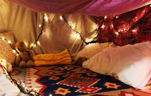 blanket fort w bear
